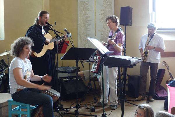 Kirchenmusik mit Nora, Franz und Wolfi
